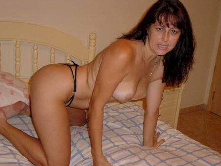 Femme cougar sexy recherche son amant