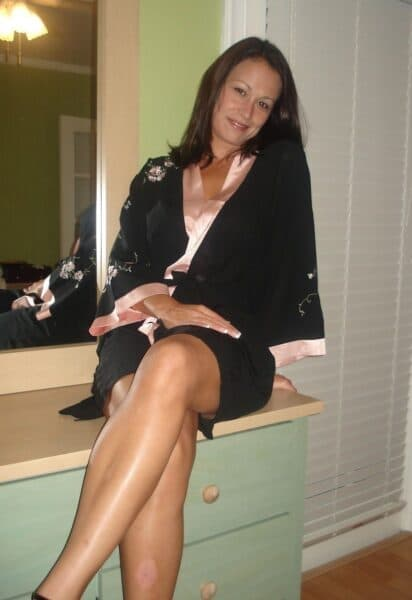 Femme sexy docile pour mec domi souvent disponible